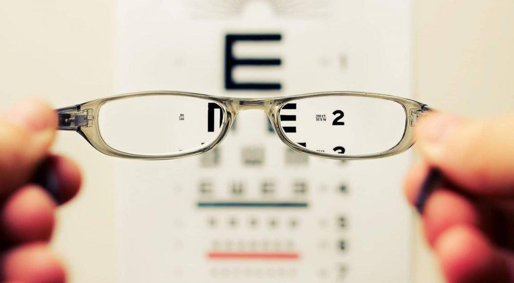 látás és károsodás szemészeti központok