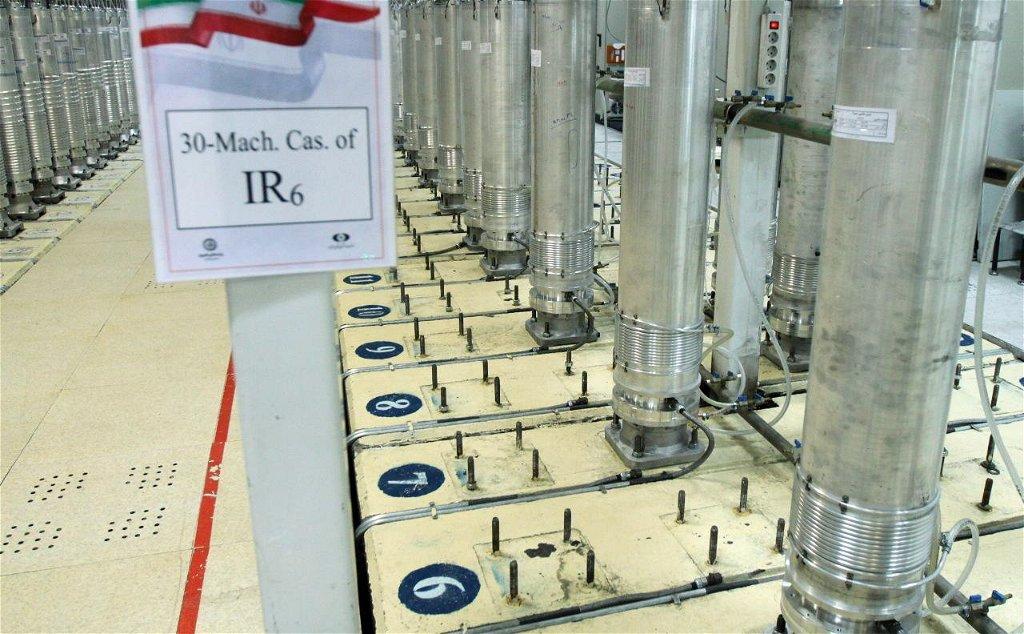 Irán további 1000 centrifugát telepít a natanzi atomerőműbe – Liner.hu